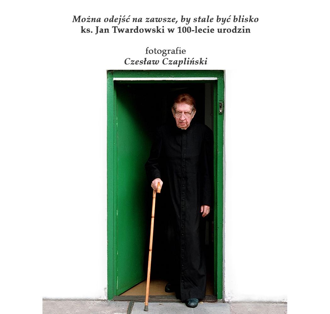 Ks.Jan Twardowski − wystawa fotograficzna dla szkół