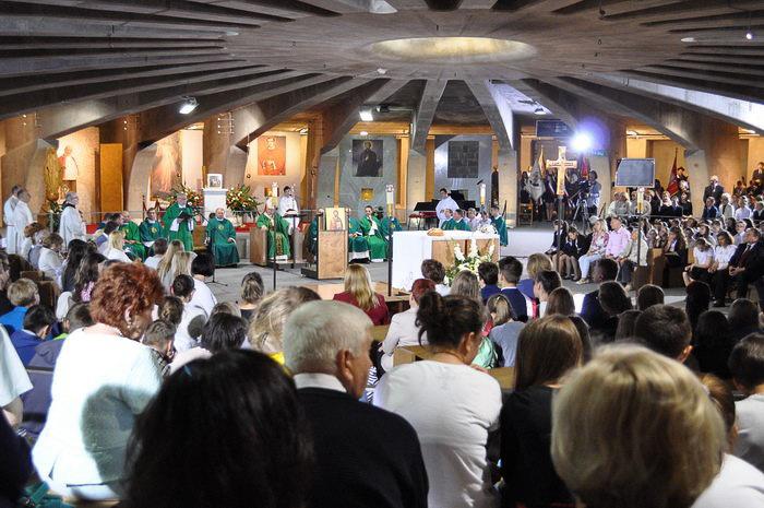 Wielki zjazd szkół imienia księdza Jana Twardowskiego