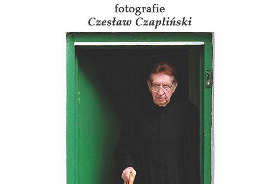 Wystawa fotograficzna oks.Janie Twardowskim przedłużona dokońca 2016 roku