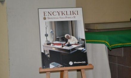 """Wystawa """"Encykliki Jana Pawła II"""" wMuzeum Misyjno-Etnograficznym wPieniężnie"""