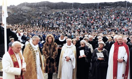 """Nowość wydawnicza """"Jóhannes Páll II á Íslandi * John Paul II in Iceland * Jan Paweł II naIslandii"""""""