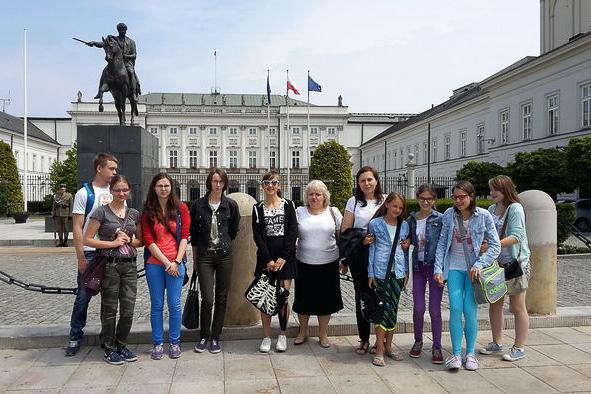 Wycieczka dla laureatów konkursu ks.Jana Twardowskiego dostolicy